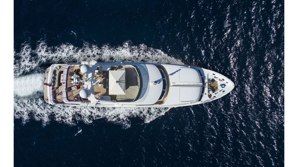 Motor Yacht QuestR (9)