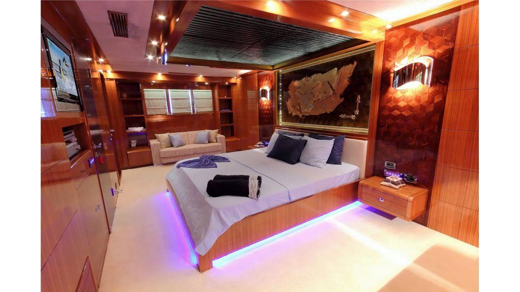 Luxury Sailing-Yacht Silver k-master