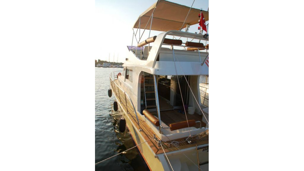 cesme-motoryacht2