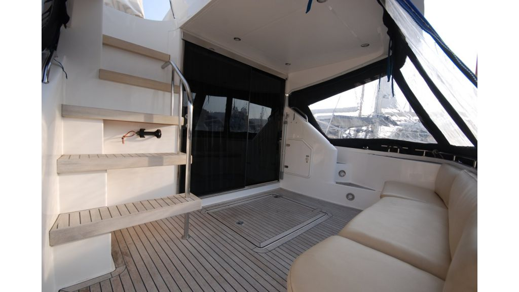 cesme-motoryacht-fairline12