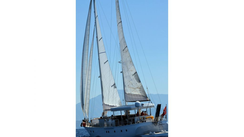 Classic Schooner for Sale Sailing 2