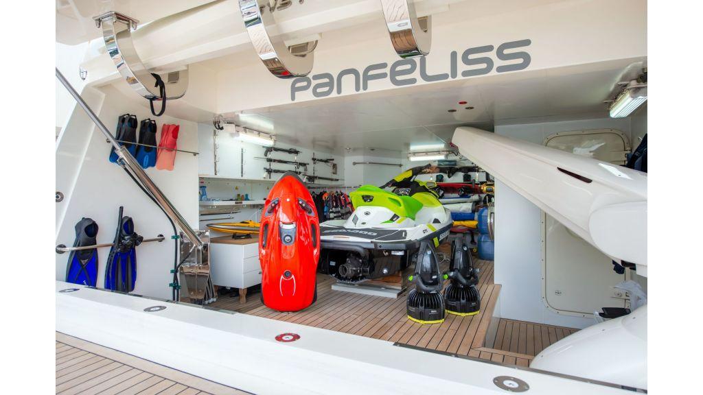 Motor Yacht Panfeliss (2)
