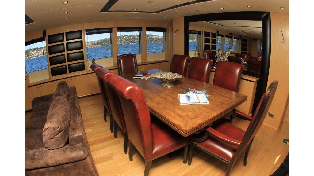 Stell Motoryacht (40)