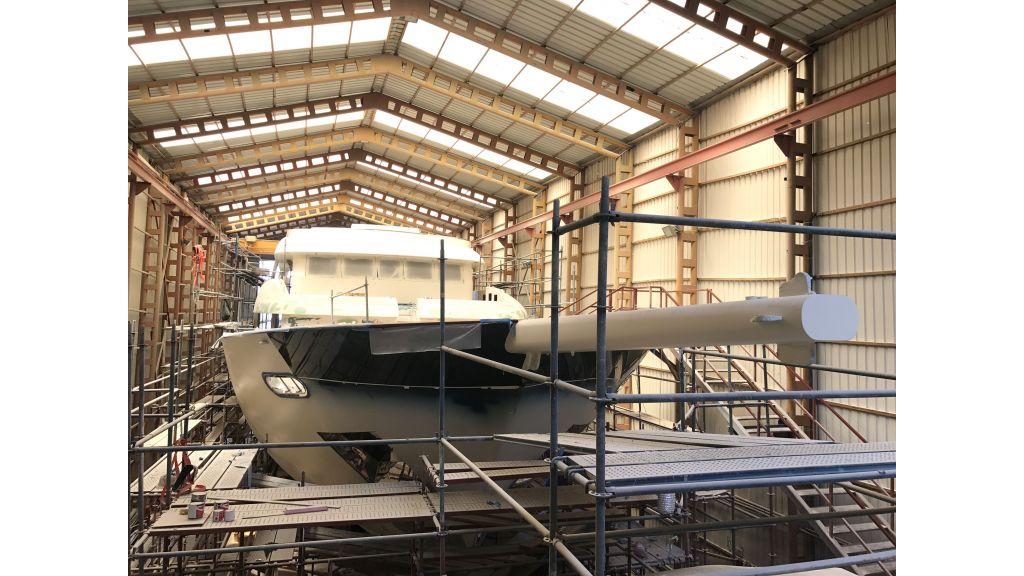 Steel-Motorsailer-Yacht (3)