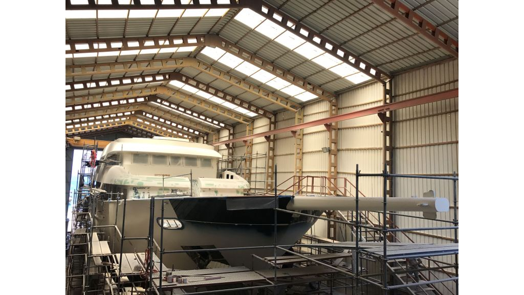 Steel-Motorsailer-Yacht (4)