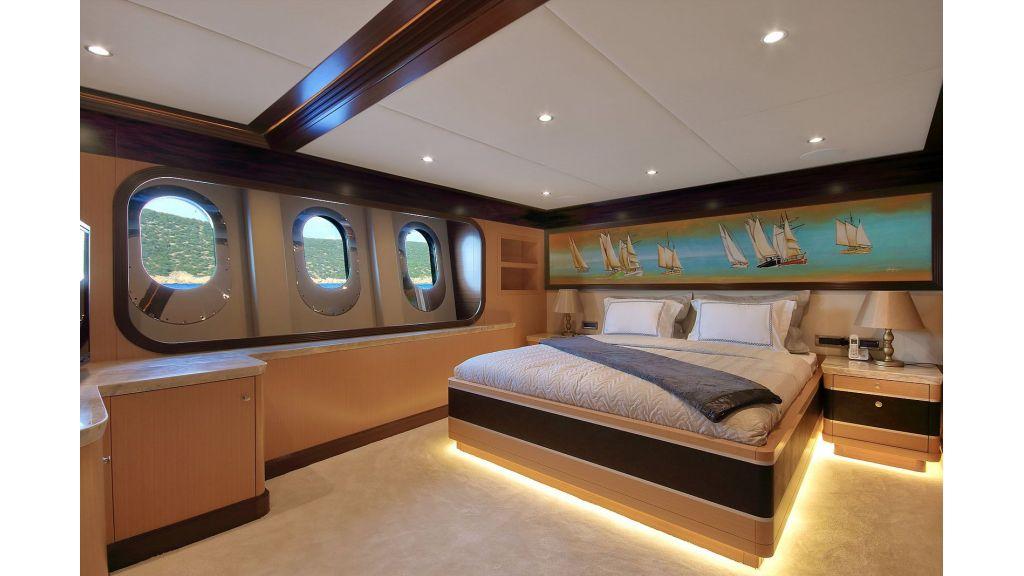 Steel Motorsailing Yacht (10)