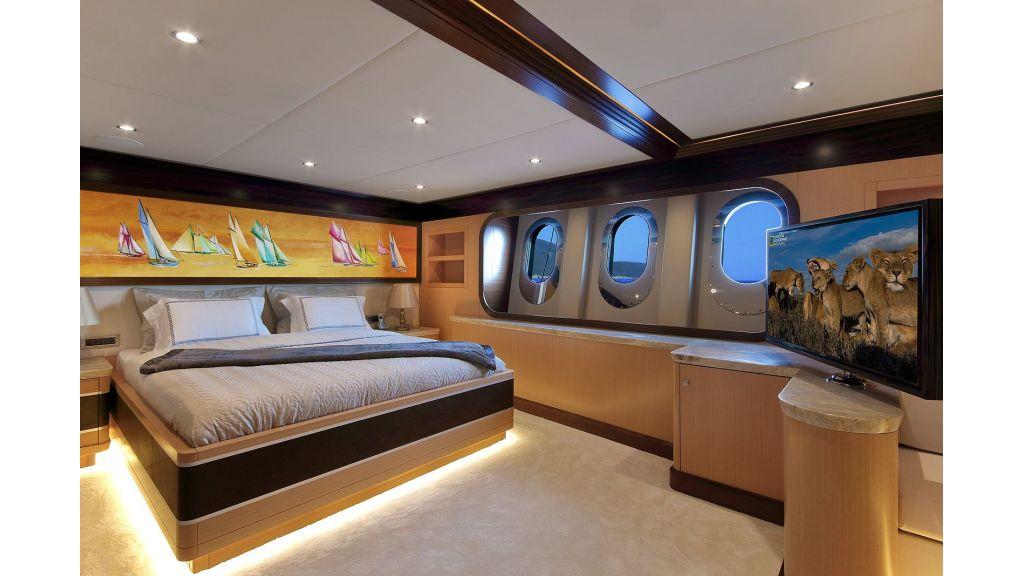 Steel Motorsailing Yacht (12)