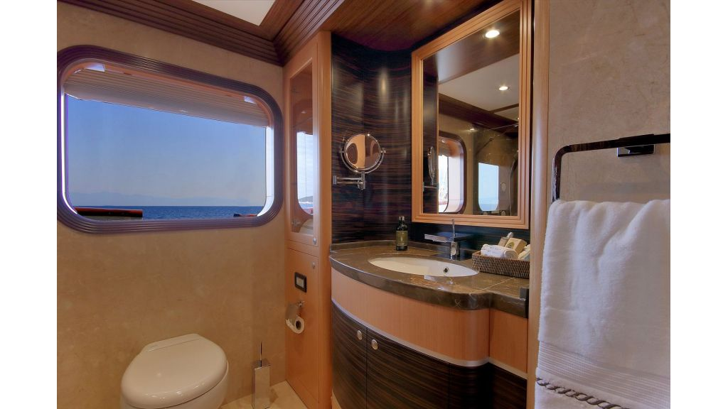 Steel Motorsailing Yacht (18)