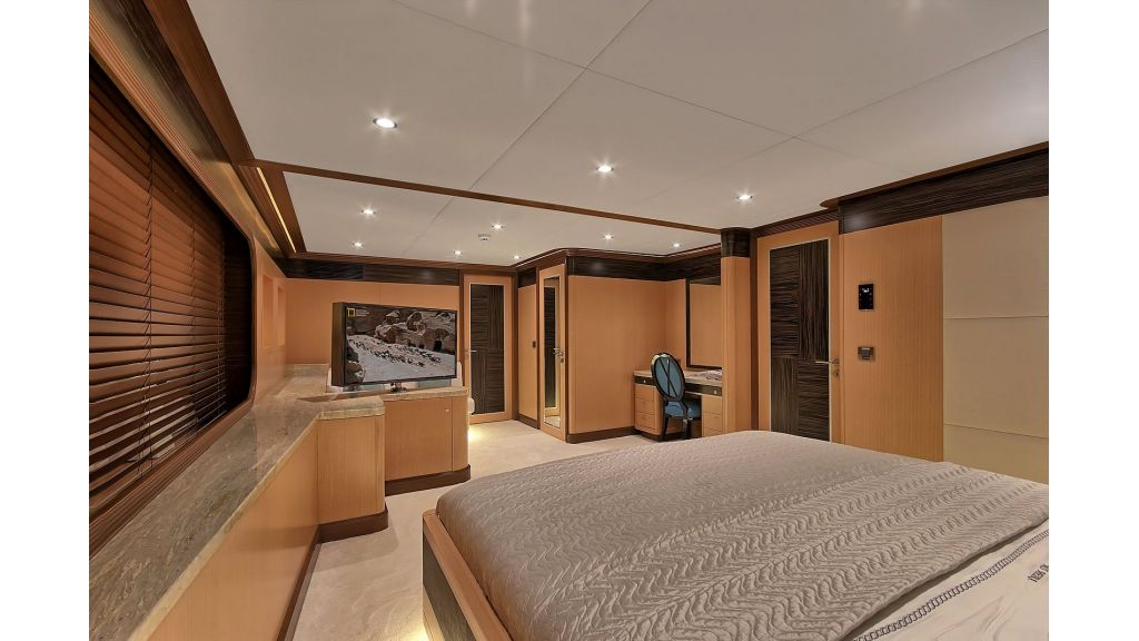 Steel Motorsailing Yacht (3)