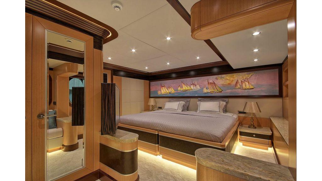 Steel Motorsailing Yacht (4)
