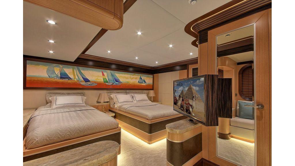Steel Motorsailing Yacht (6)
