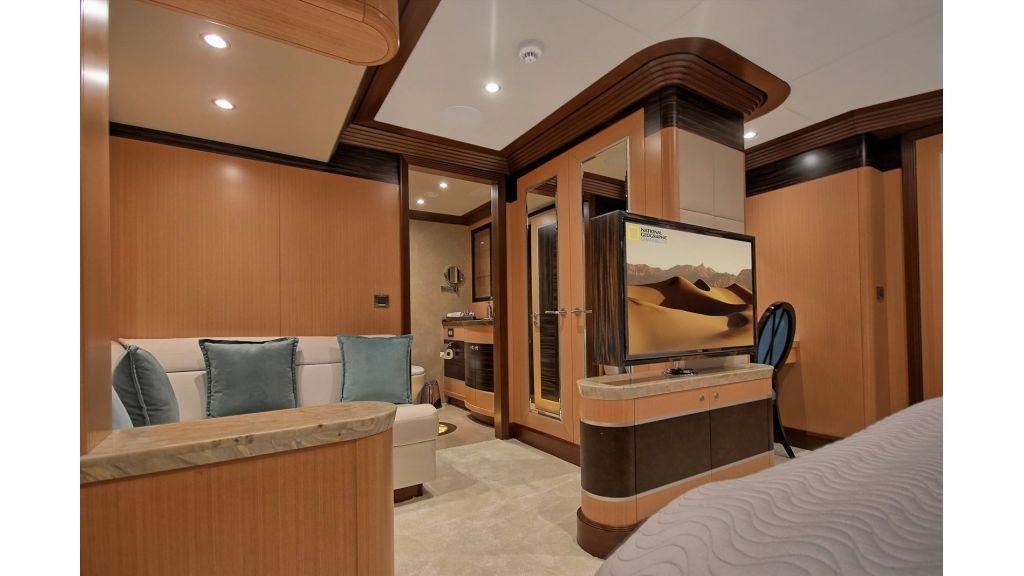 Steel Motorsailing Yacht (8)