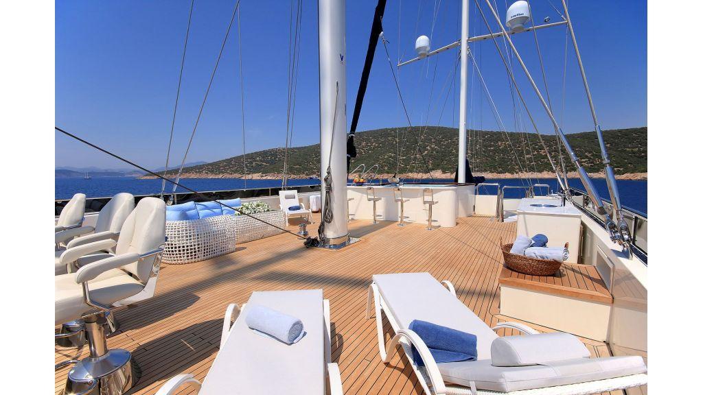 Steel Motorsailing Yacht master..