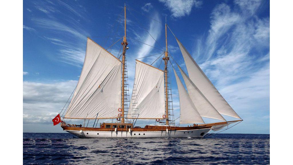 classic-schooner-for-sale (4)