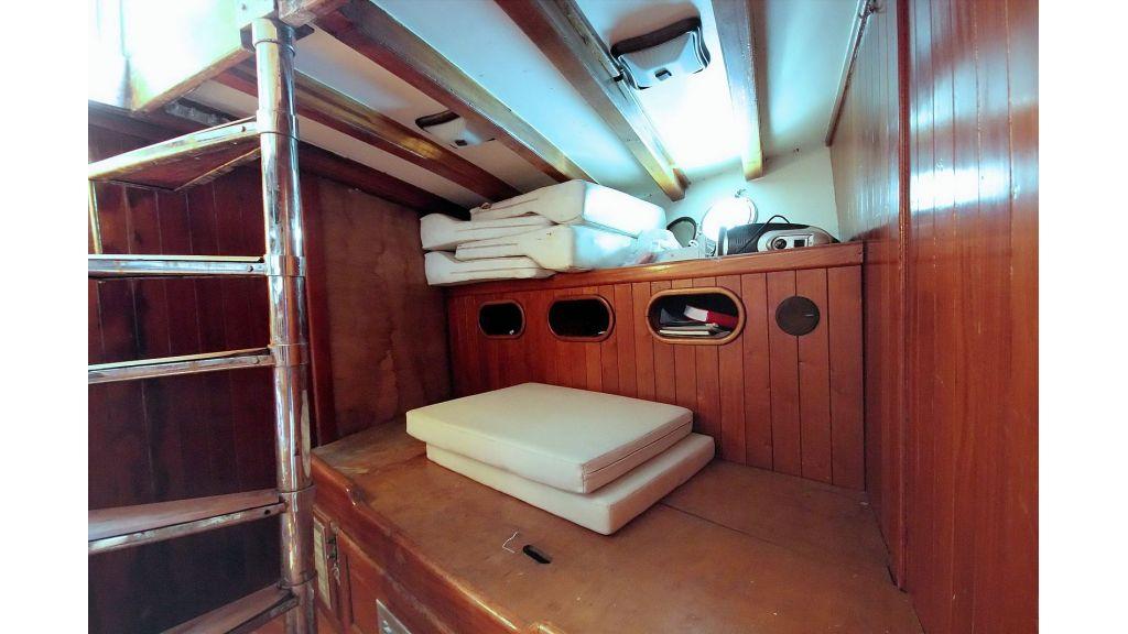 classic-schooner-for-sale (51)