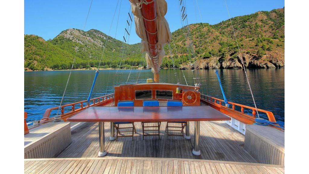 classic-schooner-for-sale (6)