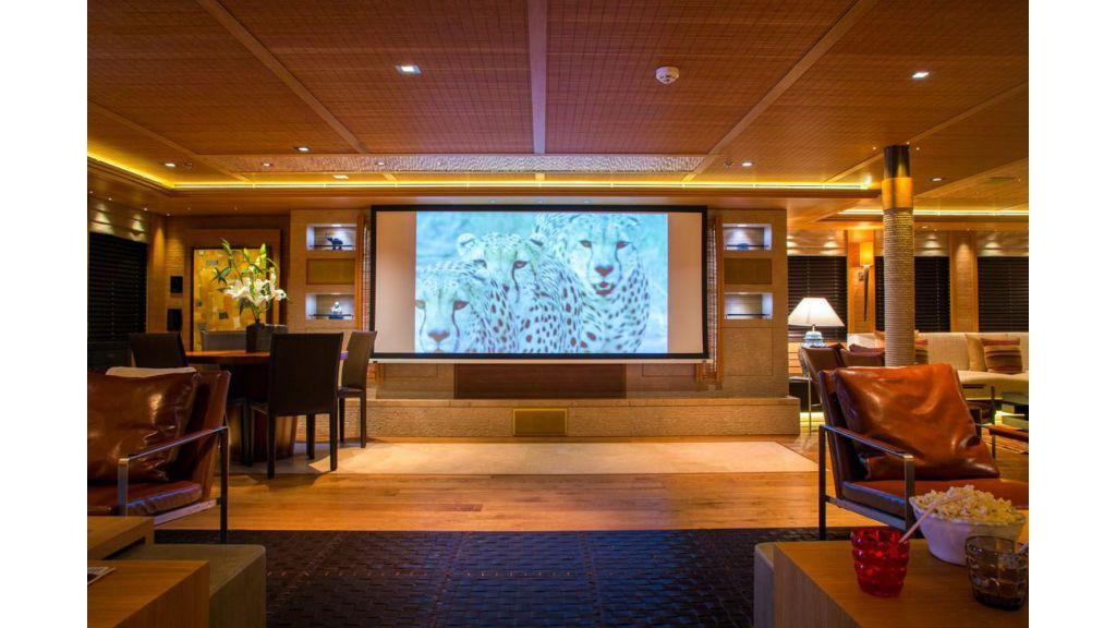 Naia Luxury Charter Yacht (17)