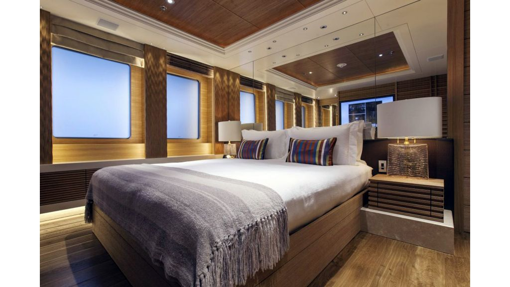 Naia Luxury Charter Yacht (21)