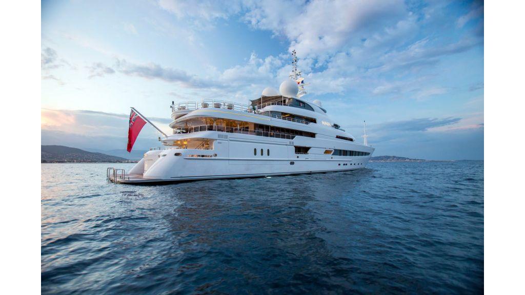 Naia Luxury Charter Yacht (26)