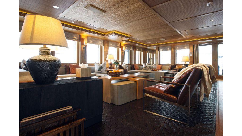 Naia Luxury Charter Yacht (3)