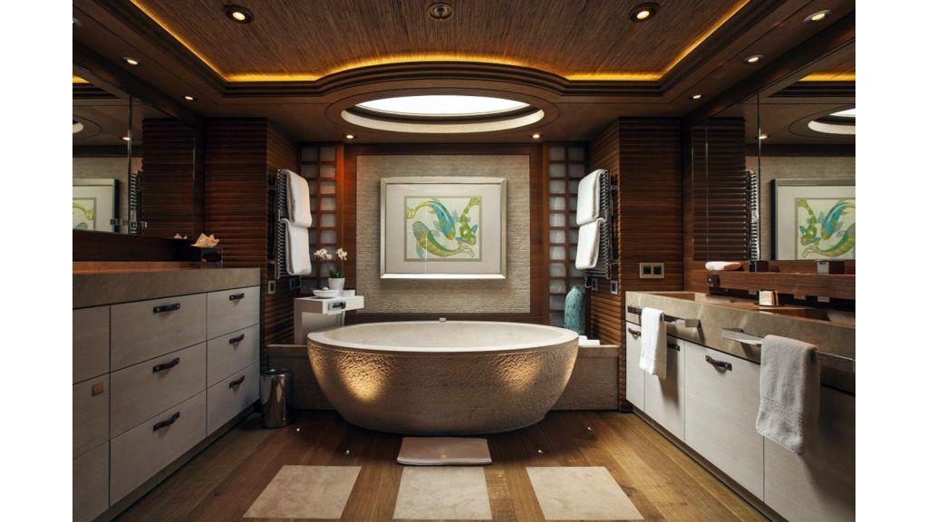 Naia Luxury Charter Yacht