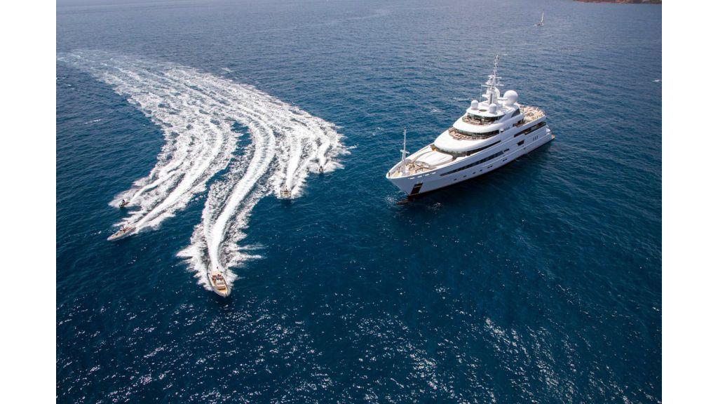Naia Luxury Charter Yacht (8)