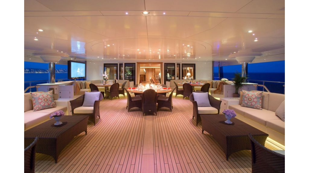 Naia Mega Yacht Charter master
