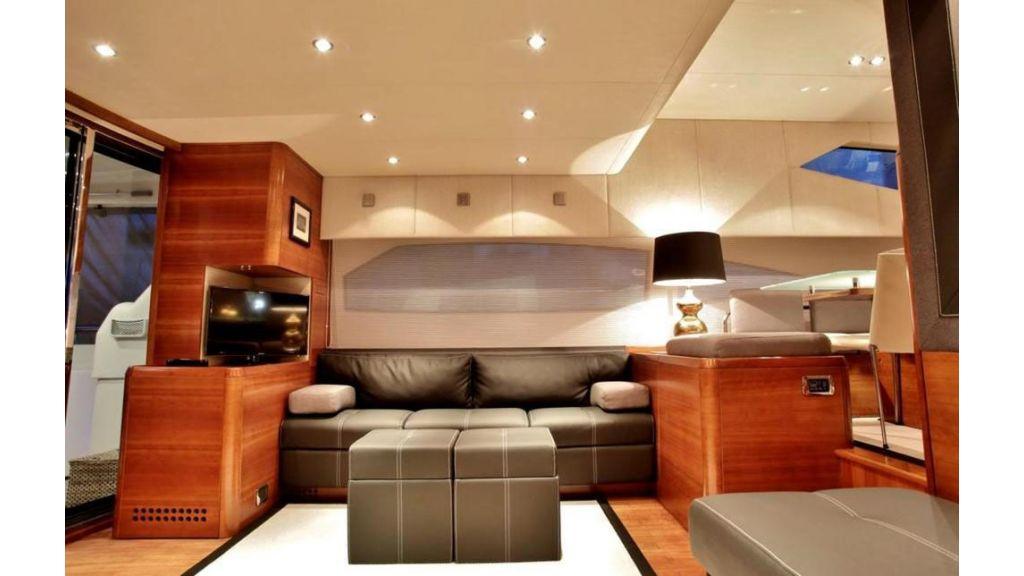 icon 64 ft motor yacht master