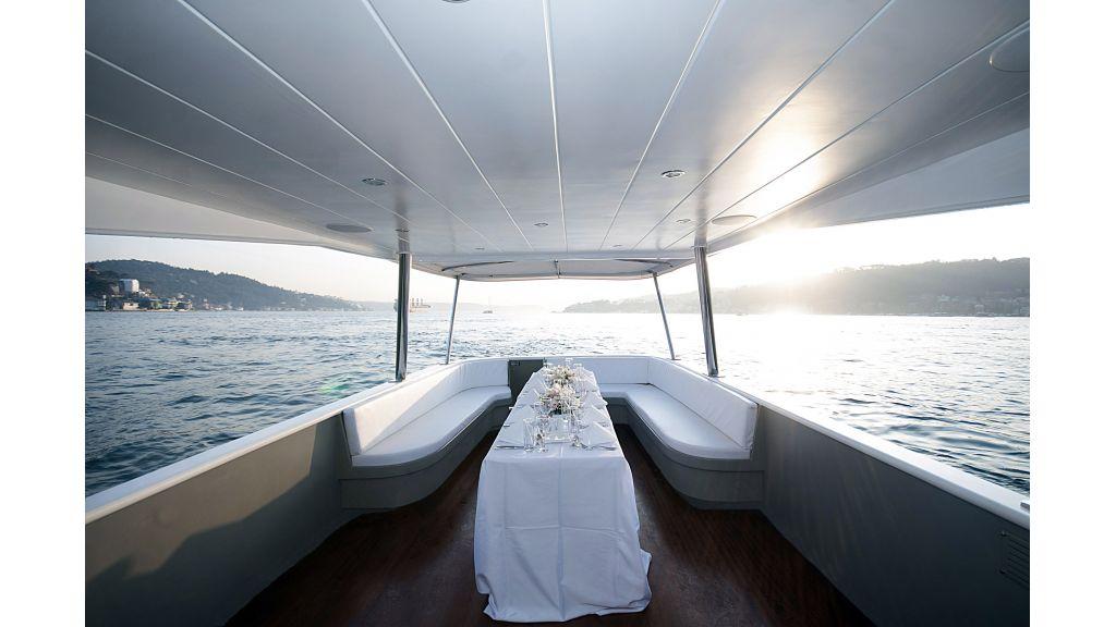 Adel Motoryacht Charter istanbul  (5)