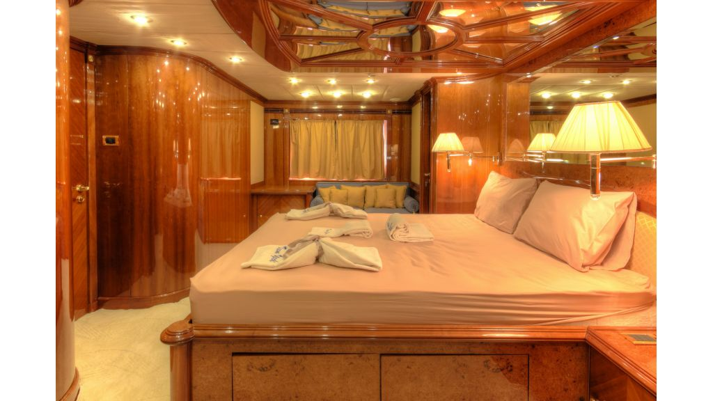 Dream motor yacht (33)