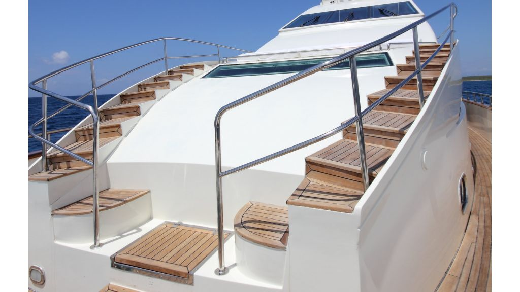 Dream motor yacht (38)