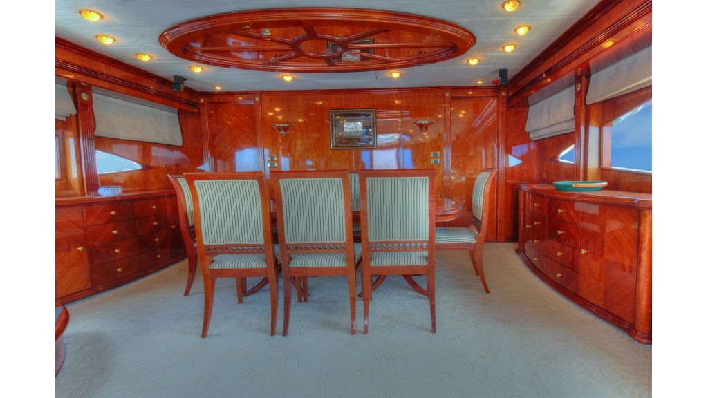 Dream motor yacht (39)