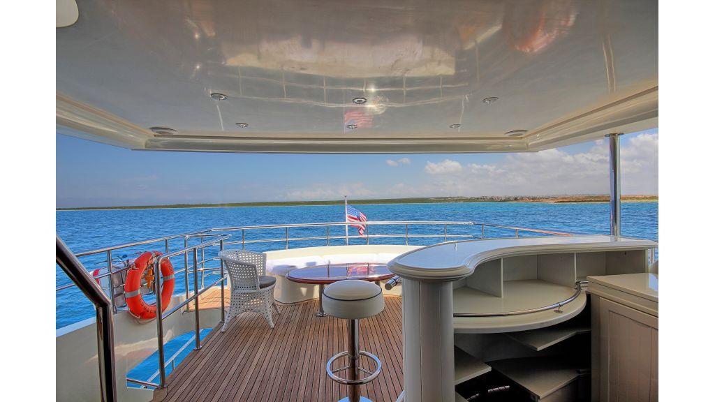 Dream motor yacht (4)