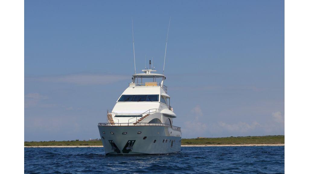 Dream motor yacht (42)