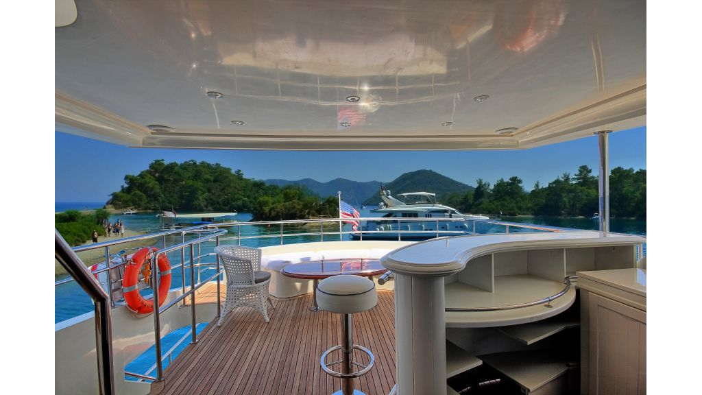 Dream motor yacht (43)