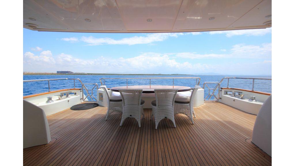 Dream motor yacht (5)