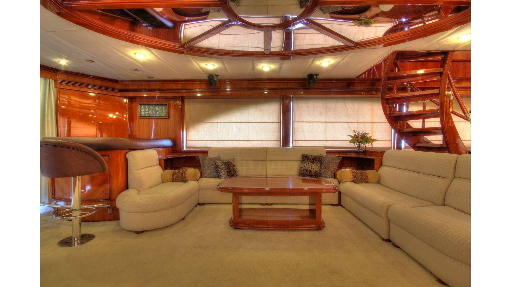 Dream motor yacht (52)