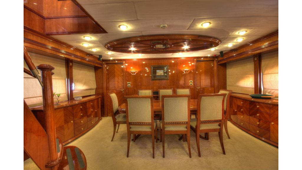 Dream motor yacht (54)