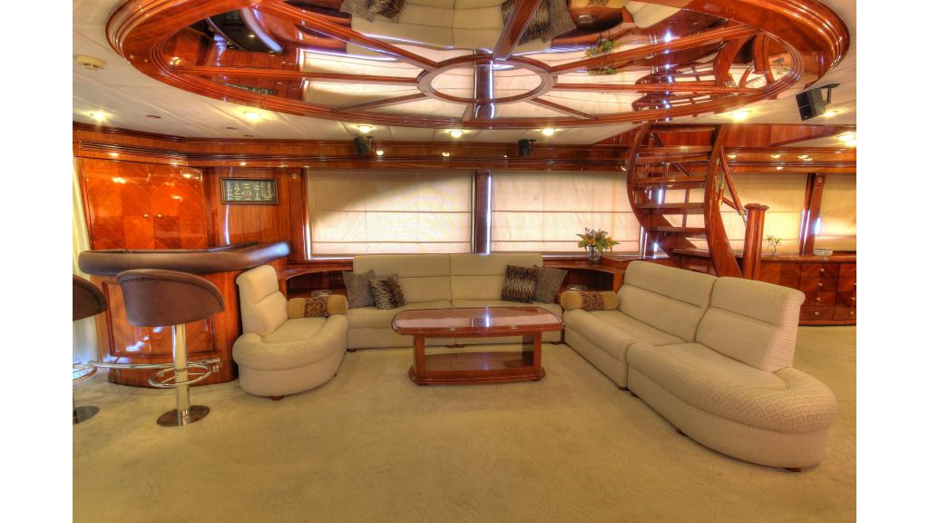 Dream motor yacht (55)