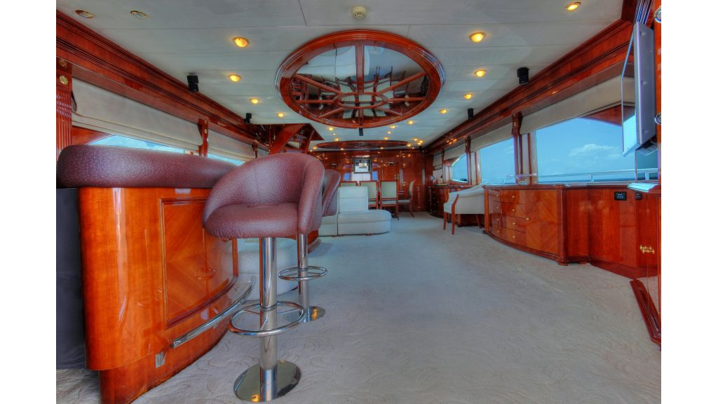 Dream motor yacht (7)