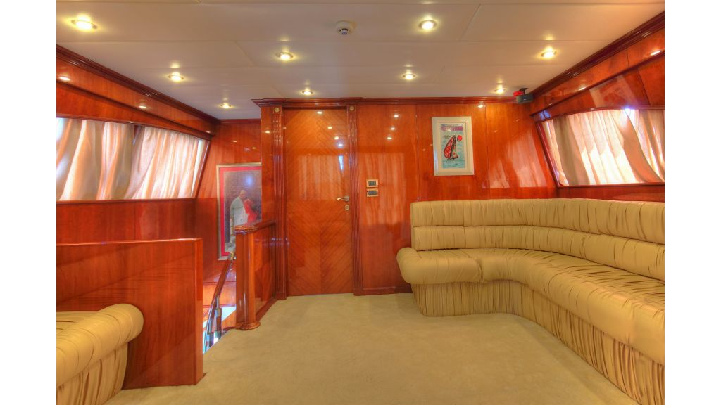 Dream motor yacht (8)