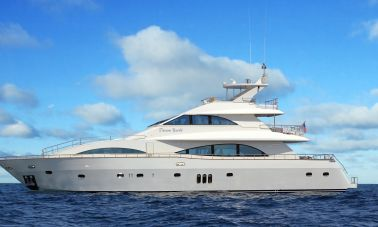 Dream motor yacht master