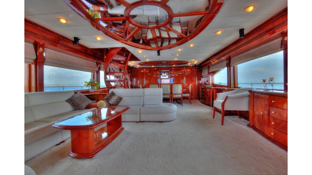 Dream motor yacht-master