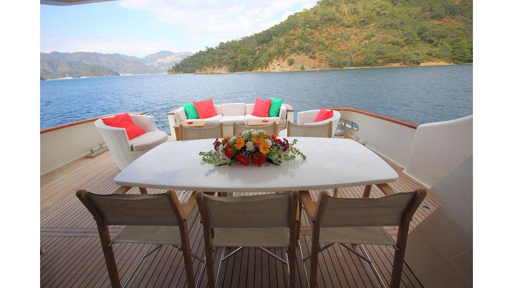 Irdode Motor yacht (1)