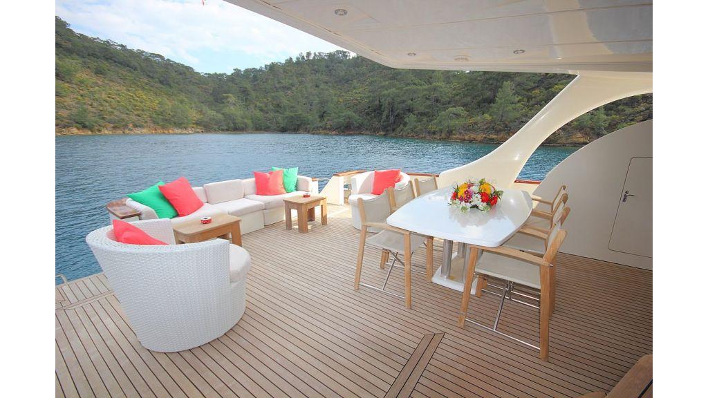 Irdode Motor yacht (2)