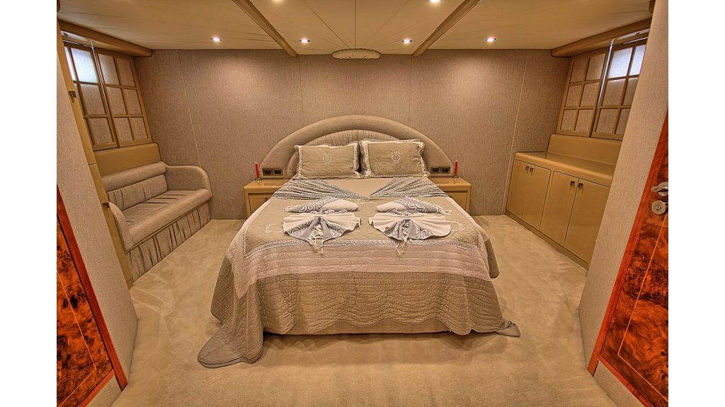 Irdode Motor yacht (22)