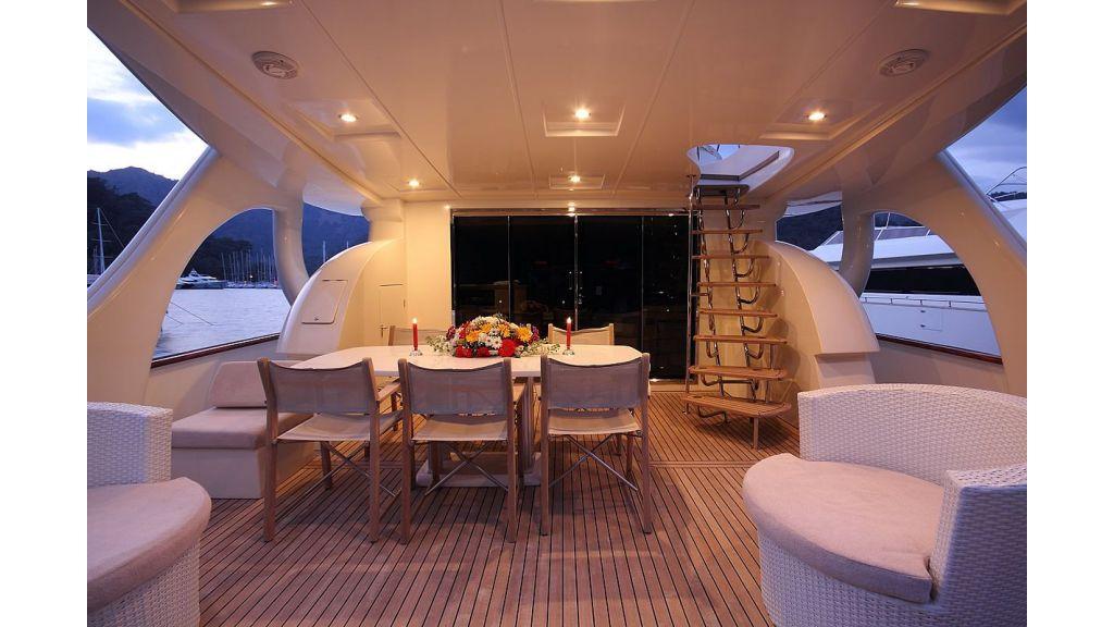 Irdode motor-yacht