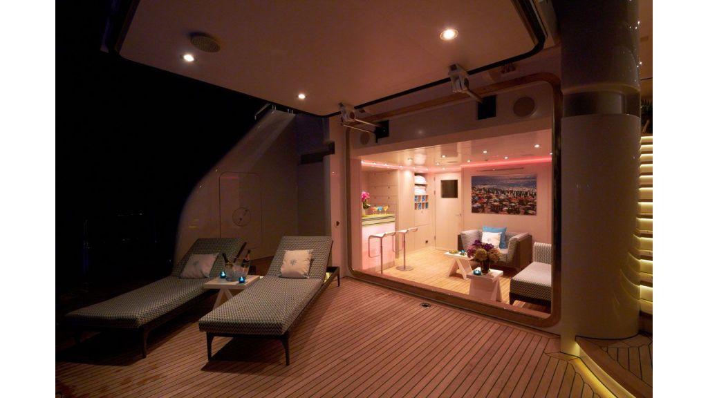 Titania mega yacht (15)