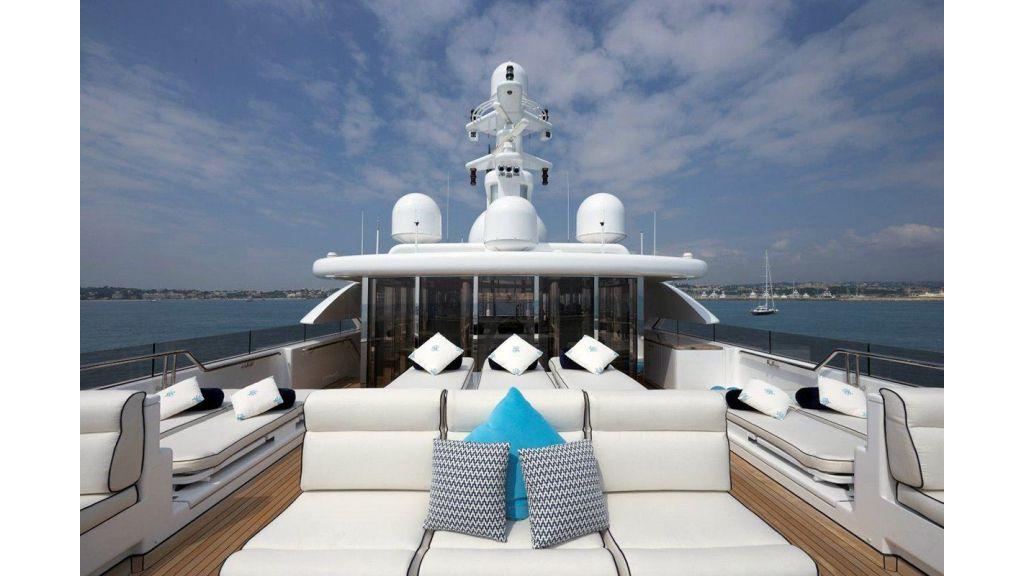 Titania mega yacht (17)