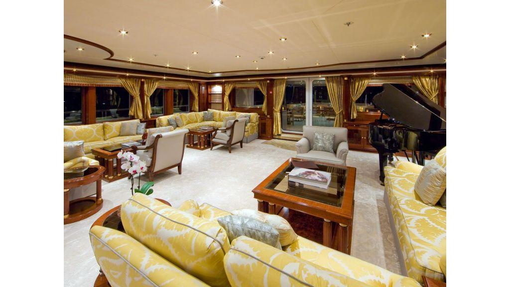 Titania mega yacht (28)